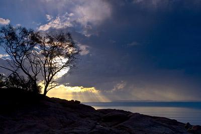 Sun burst Freycinet