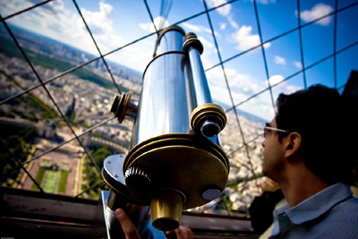 Binoculars available on Eiffel Tower