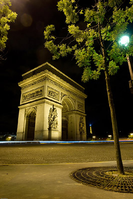 Arc de Triomphe - Trees
