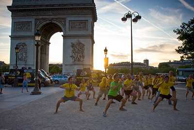 Haka at Arc de Triomphe