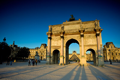 Long drawn shadows at Arc de Triomphe du Carrousel