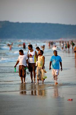 Calangute Beach people